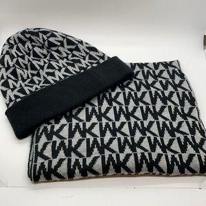 Michael Kors Gray and Black Mk Signature Hat Scarf Set 2 pieces